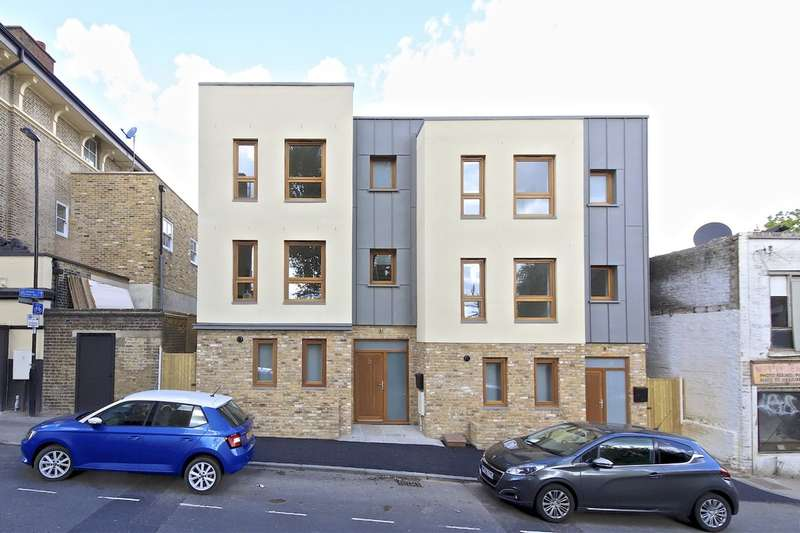 4 Bedrooms Semi Detached House for sale in Friendly Street, Brockley, London, SE4 1XT