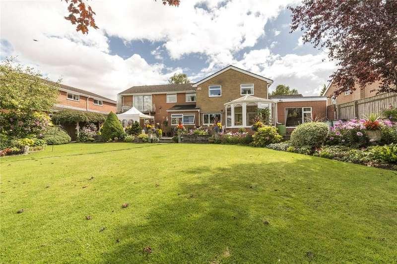 5 Bedrooms Detached House for sale in Riverside Close, Laverstock, Salisbury, Wiltshire, SP1