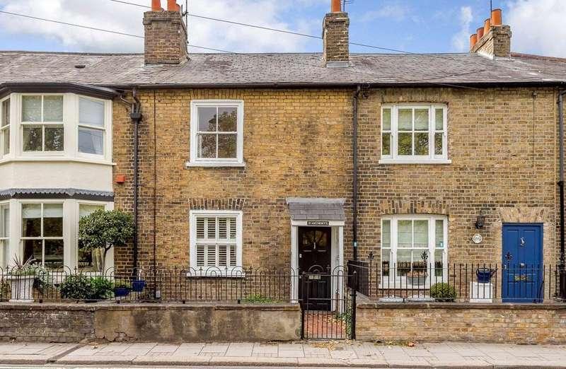2 Bedrooms Terraced House for sale in Kings Road, Windsor, Berkshire