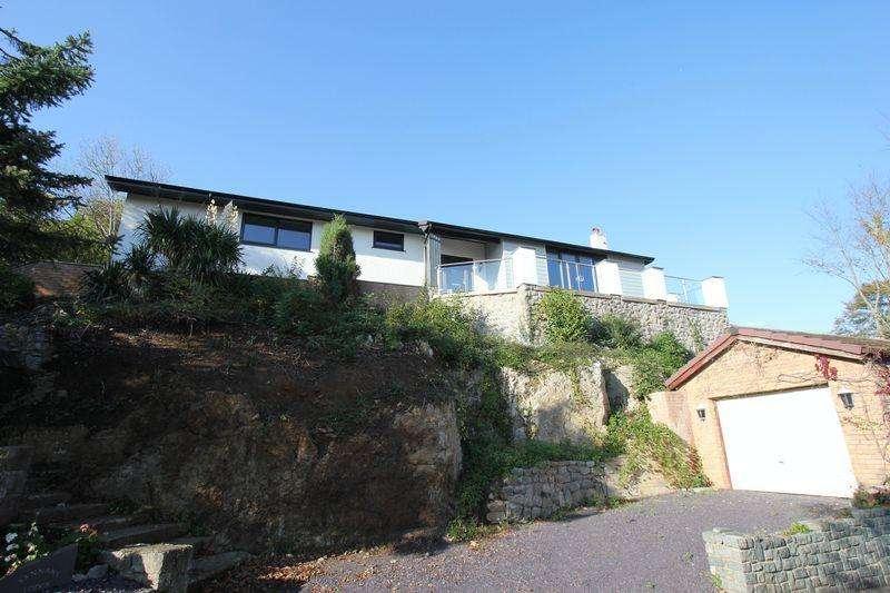 4 Bedrooms Detached Bungalow for sale in Pendre Road, Penrhynside