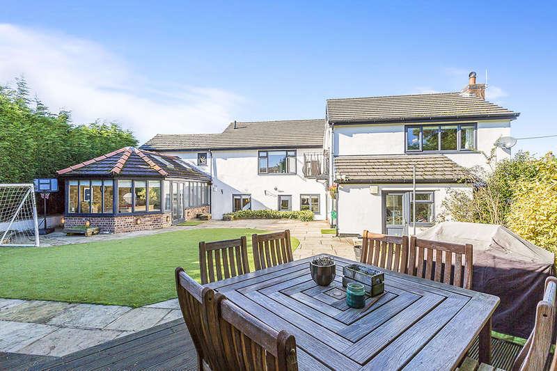 4 Bedrooms Detached House for sale in Blackburn Road, Higher Wheelton, Chorley, PR6
