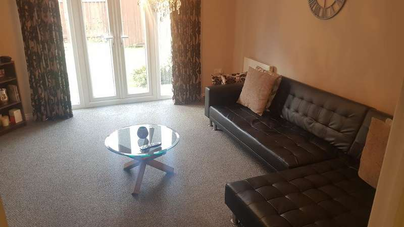 3 Bedrooms Town House for sale in Parker Way, Sheffield, South Yorkshire, S9 3DE