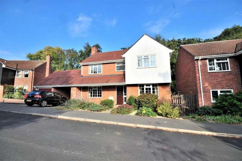 4 Bedrooms Detached House for sale in Deben Road, Colchester, CO4 3UZ.