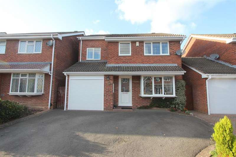 4 Bedrooms Detached House for sale in Edendale Drive, Hinckley