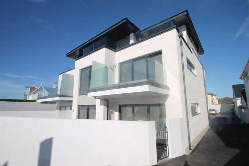 2 Bedrooms Apartment Flat for sale in La Grande Route De La Cote, St. Clement, Jersey