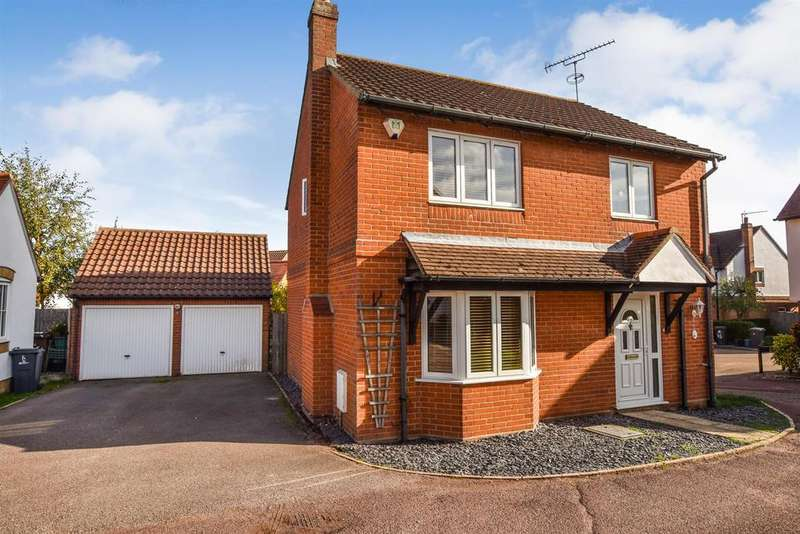 4 Bedrooms Detached House for sale in Elronds Rest, South Woodham Ferrers.