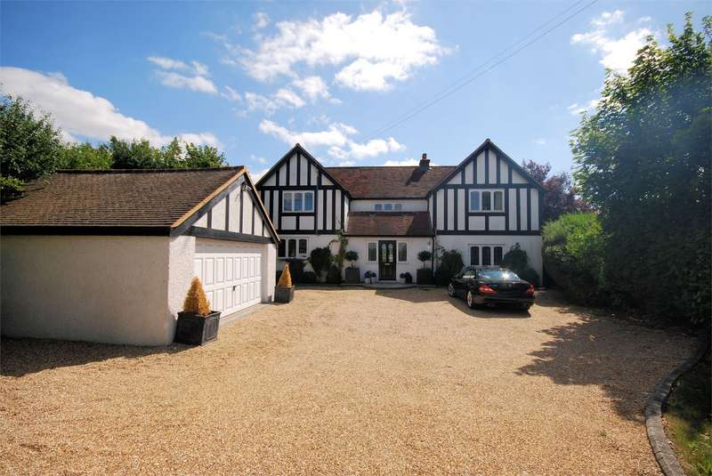 4 Bedrooms Detached House for sale in Risborough Road, Terrick, Buckinghamshire