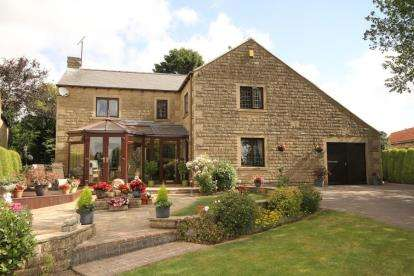 4 Bedrooms Detached House for sale in Westfield Lane, Middle Handley, Sheffield, Derbyshire