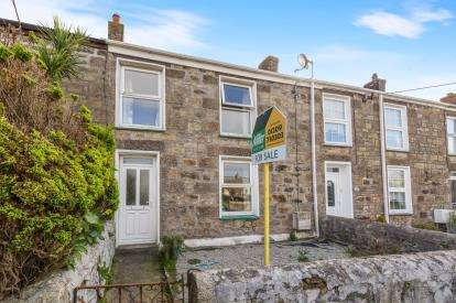 2 Bedrooms Terraced House for sale in Camborne, Cornwall, .