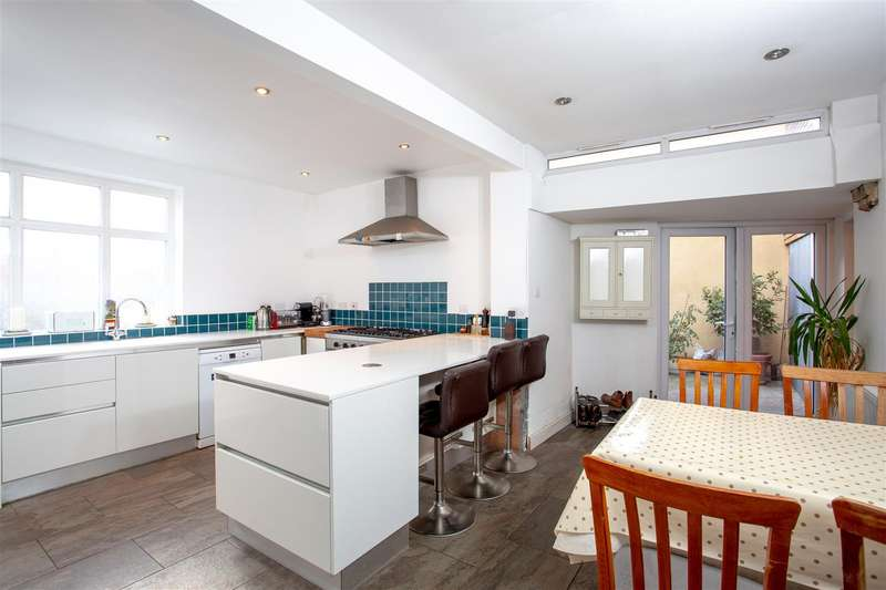 2 Bedrooms Terraced House for sale in Oxford Street - Totterdown