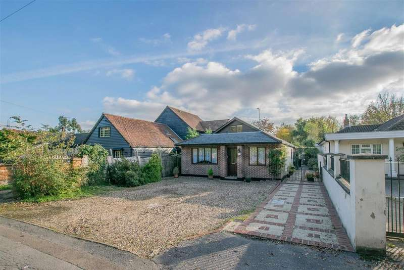 2 Bedrooms Detached Bungalow for sale in Old Nazeing Road, Broxbourne