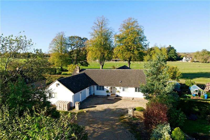 5 Bedrooms Detached Bungalow for sale in Church Street, Helmdon, Brackley, Northamptonshire