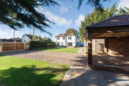 4 Bedrooms Detached House for sale in Newington, Doncaster, Nottinghamshire