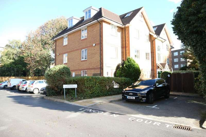 2 Bedrooms Flat for rent in Lincoln Court, Arborfield Close, Slough, SL1