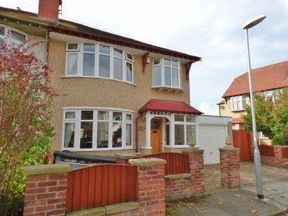 4 Bedrooms Semi Detached House for sale in The Willows, Wallasey, Merseyside, CH45