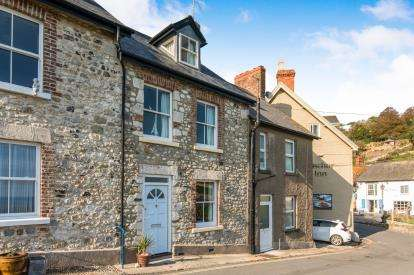 3 Bedrooms Terraced House for sale in Common Lane, Beer, Seaton