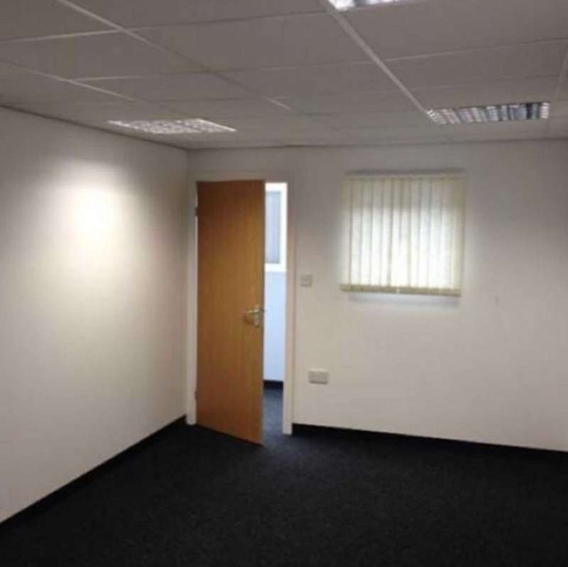 Office Commercial for rent in Ashton Old Road, Manchester