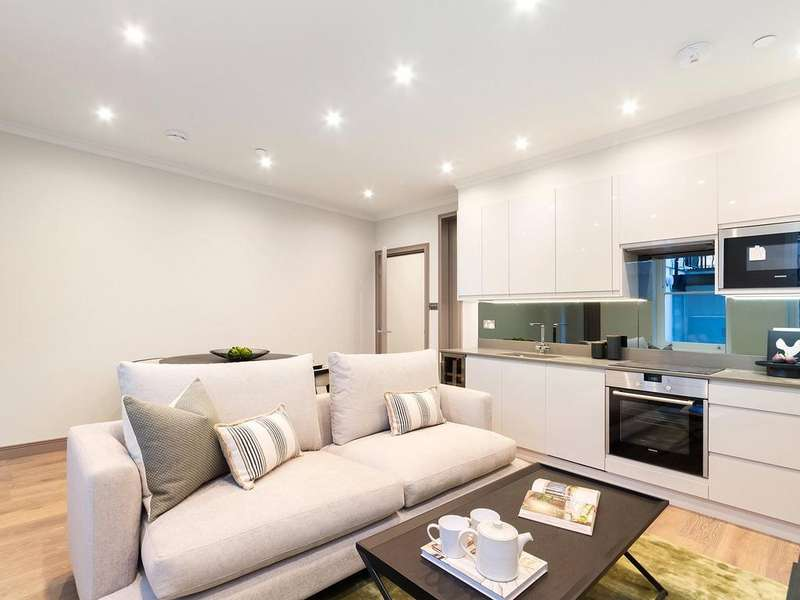 1 Bedroom Apartment Flat for sale in Halsey House, 13 Red Lion Square, WC1R
