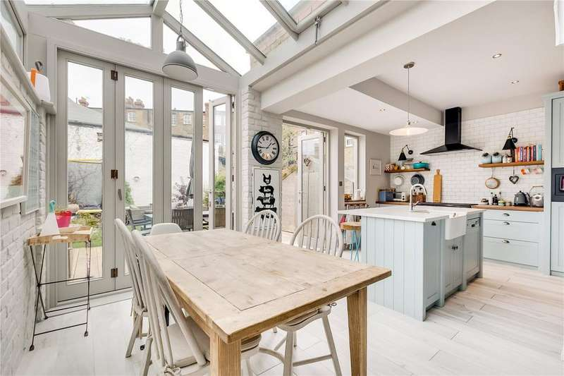4 Bedrooms End Of Terrace House for sale in Byfeld Gardens, Barnes, London