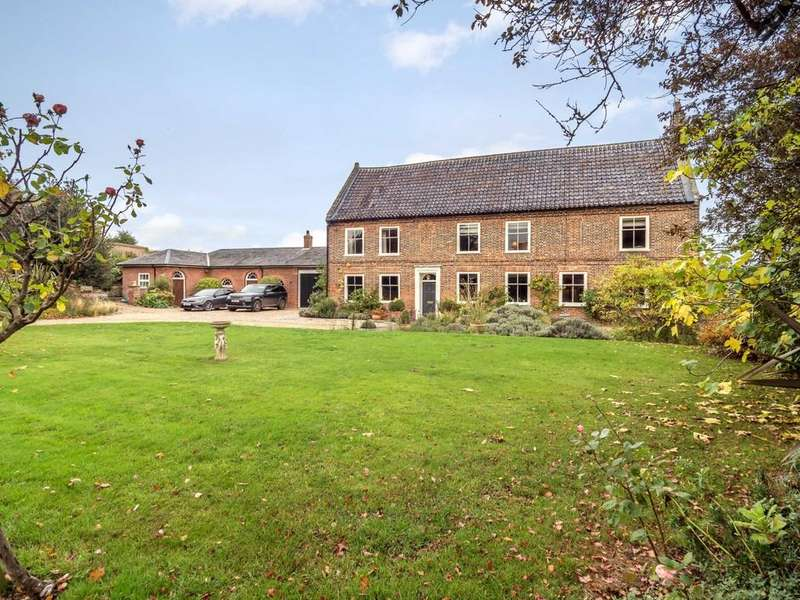 7 Bedrooms Manor House Character Property for sale in Salthouse