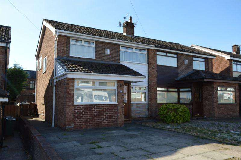 3 Bedrooms Semi Detached House for sale in Gawsworth Road, Golborne, WA3 3RB