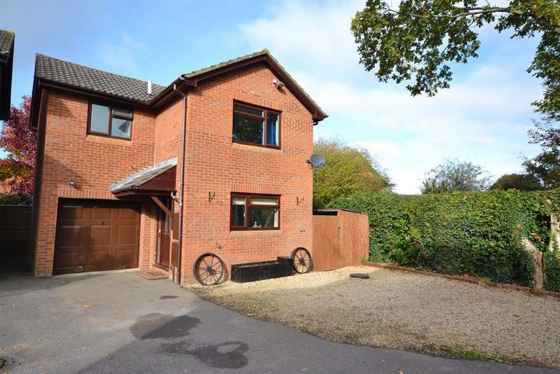 3 Bedrooms Detached House for sale in Shutehay Drive, Cam, GL11 5UT