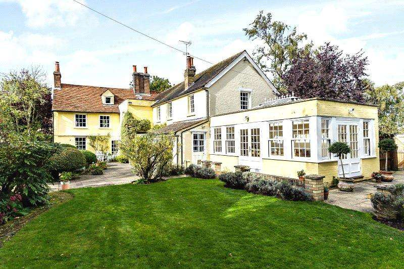 5 Bedrooms Detached House for sale in Hunsdon Road, Widford, Ware, Hertfordshire, SG12