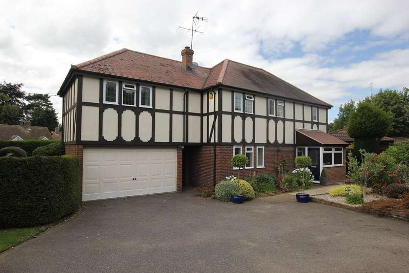 4 Bedrooms Detached House for sale in The Spires, Great Baddow, Chelmsford, CM2