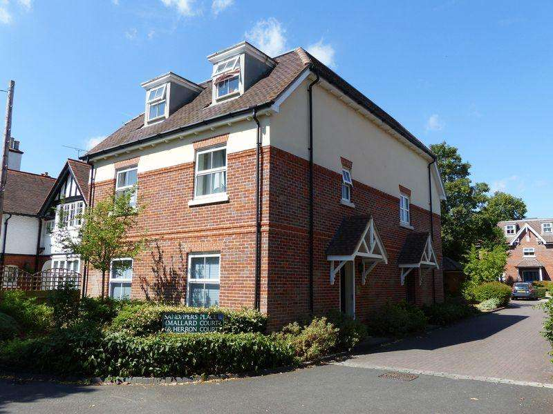2 Bedrooms Apartment Flat for sale in Cookham - Sandpipers Place