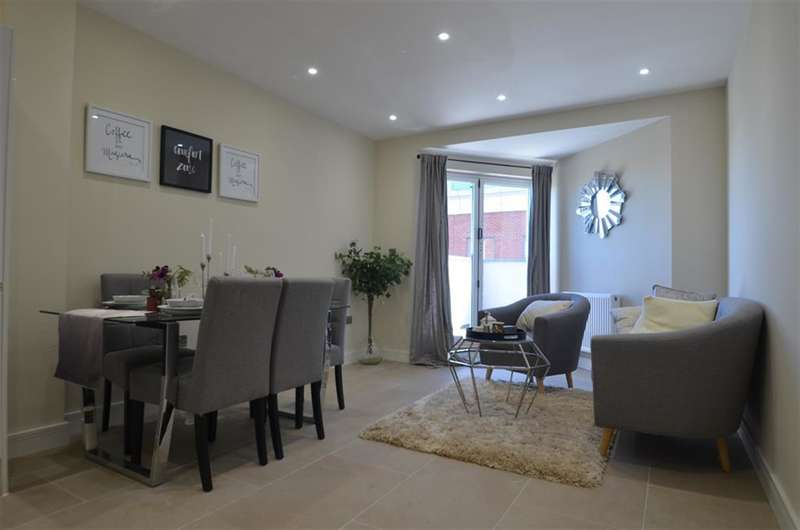 2 Bedrooms Flat for rent in High Street, Slough, SL1 1DY