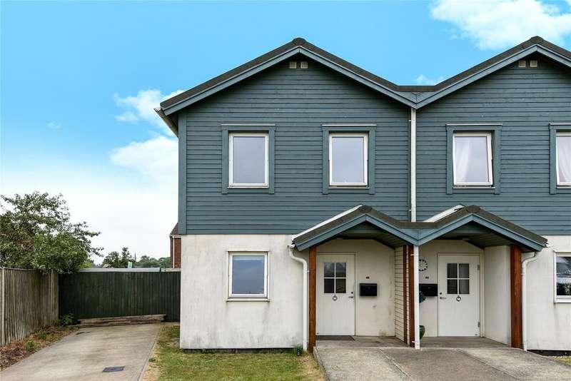 2 Bedrooms Semi Detached House for sale in Bishop Way, Bicker, PE20