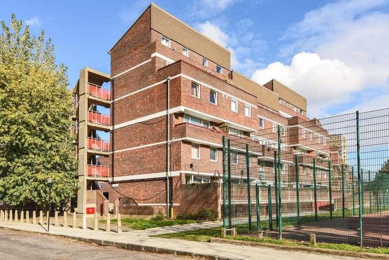 4 Bedrooms Flat for sale in Millender Walk, Surrey Quays