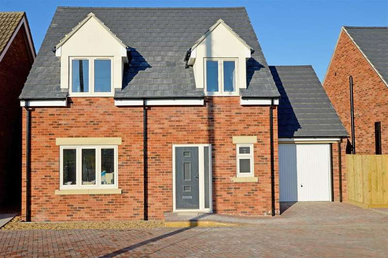 3 Bedrooms Detached House for sale in French Drove, Thorney, Peterborough