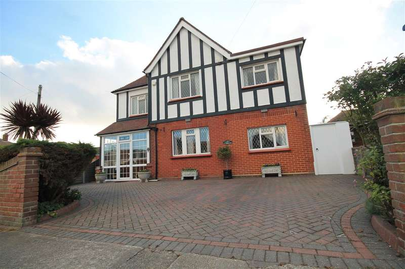 4 Bedrooms House for sale in Third Avenue, East Clacton