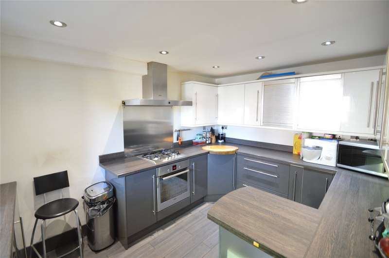 4 Bedrooms Semi Detached House for sale in Lowbrook Drive, Maidenhead, Berkshire, SL6