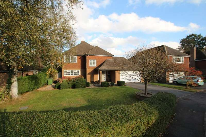 4 Bedrooms Detached House for sale in Holt Drive, Kirby Muxloe