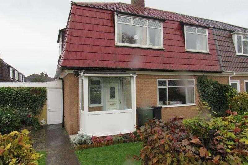 4 Bedrooms Semi Detached House for sale in Brookcote Drive,Little Stoke, Bristol