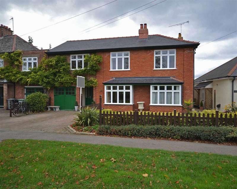 5 Bedrooms House for sale in Stamford Road, Market Deeping, Peterborough