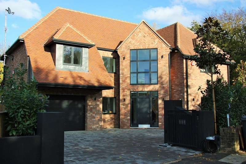 6 Bedrooms Detached House for sale in Great Oaks, Hutton, Brentwood, CM13