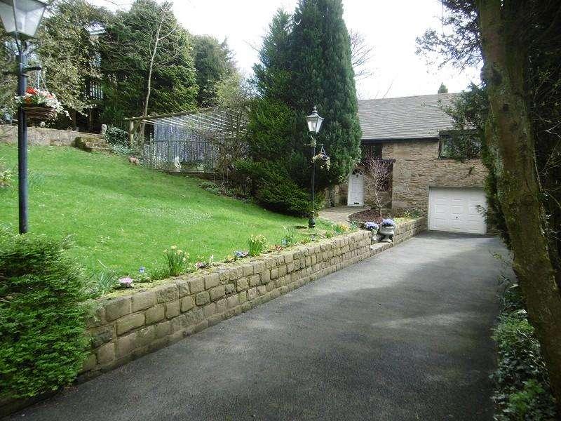 4 Bedrooms Detached House for sale in Beaver Close, Wilpshire, Blackburn, Lancashire. BB1 9LB