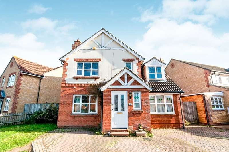 6 Bedrooms Detached House for sale in Tasmania Way, Eastbourne, BN23
