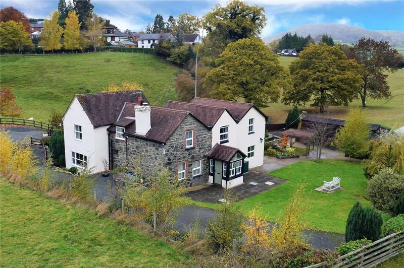5 Bedrooms Equestrian Facility Character Property for sale in Groes-Pluen, Welshpool, Powys