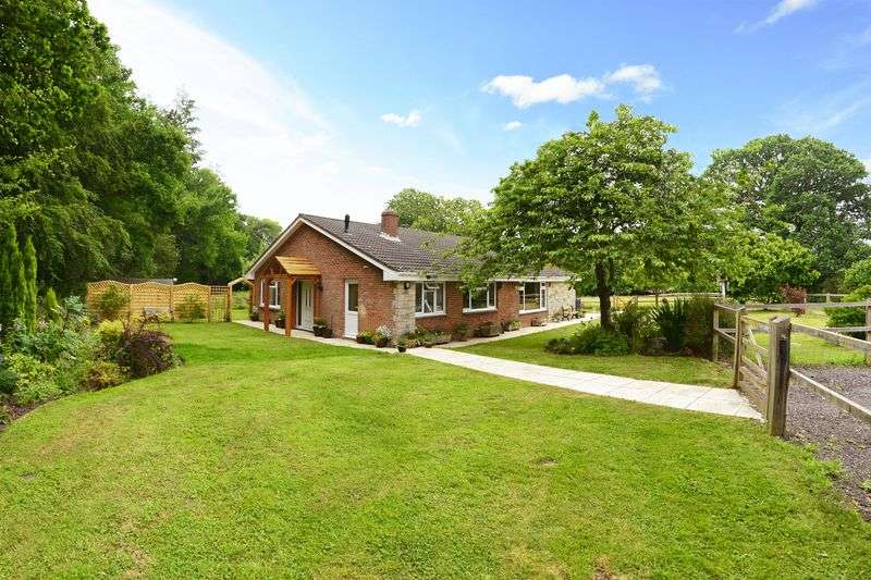 4 Bedrooms Property for sale in Highwood East Stoke, Wareham