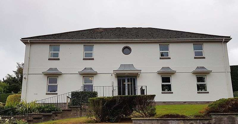 2 Bedrooms Property for sale in West Hill, Budleigh Salterton