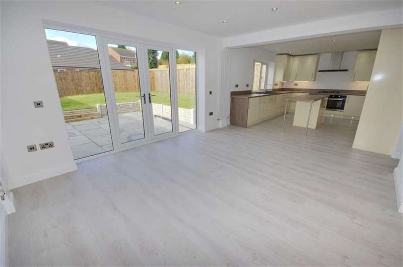 4 Bedrooms Property for sale in Gypsy Lane, Townville, Castleford, WF10