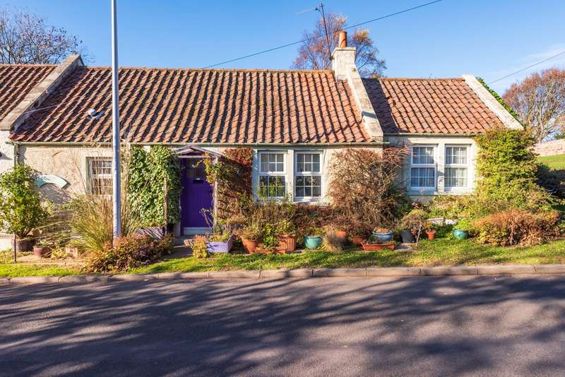 2 Bedrooms Semi Detached House for sale in Peasehills Cottage East, Abercrombie, Anstruther, Fife, KY10