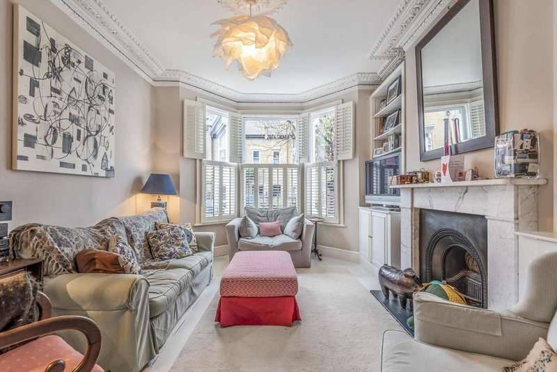 5 Bedrooms Terraced House for sale in Limburg Road, Battersea