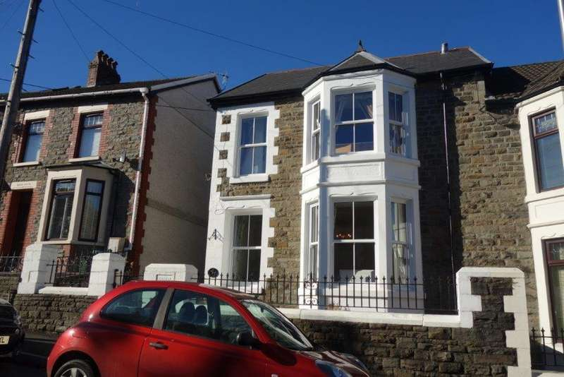4 Bedrooms Semi Detached House for sale in Conway Road, Treorchy