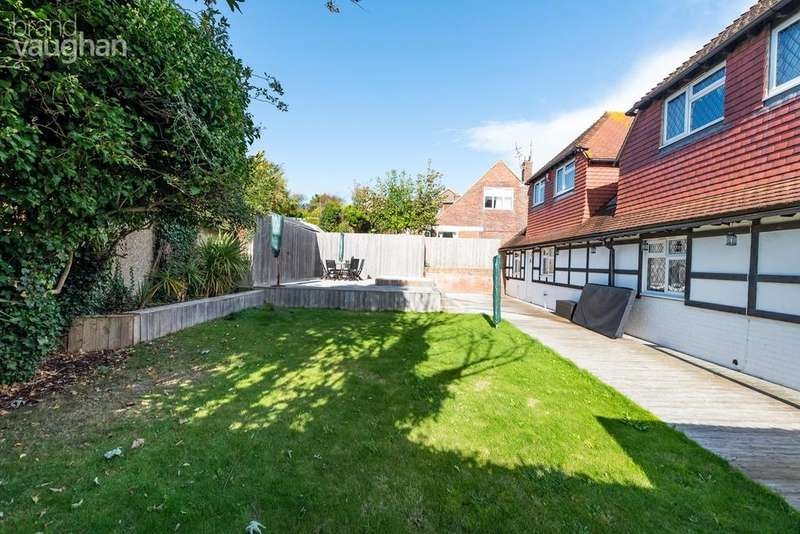 6 Bedrooms Detached House for sale in Brownleaf Road, Brighton, BN2
