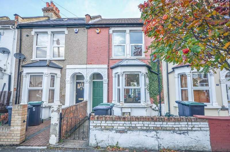 2 Bedrooms Terraced House for sale in Roslyn Road, London, N15